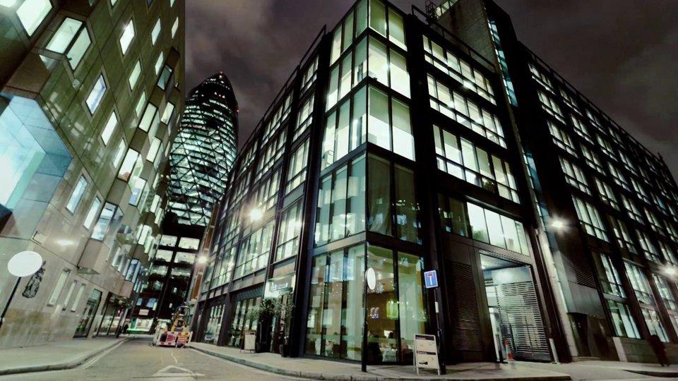 A Short Film Of London At Night